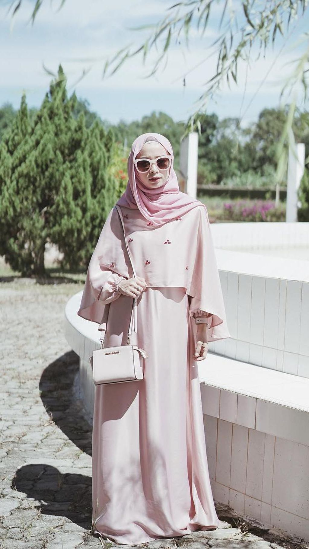 Foto: 10 Inspirasi Gaya Hijab Pastel yang Cocok untuk Lebaran dari Selebgram