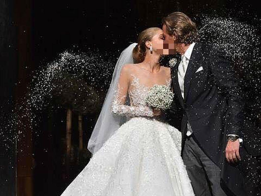 Mewahnya Pernikahan Pewaris Swarovski, Pakai Gaun 46 Kg Berhias Kristal