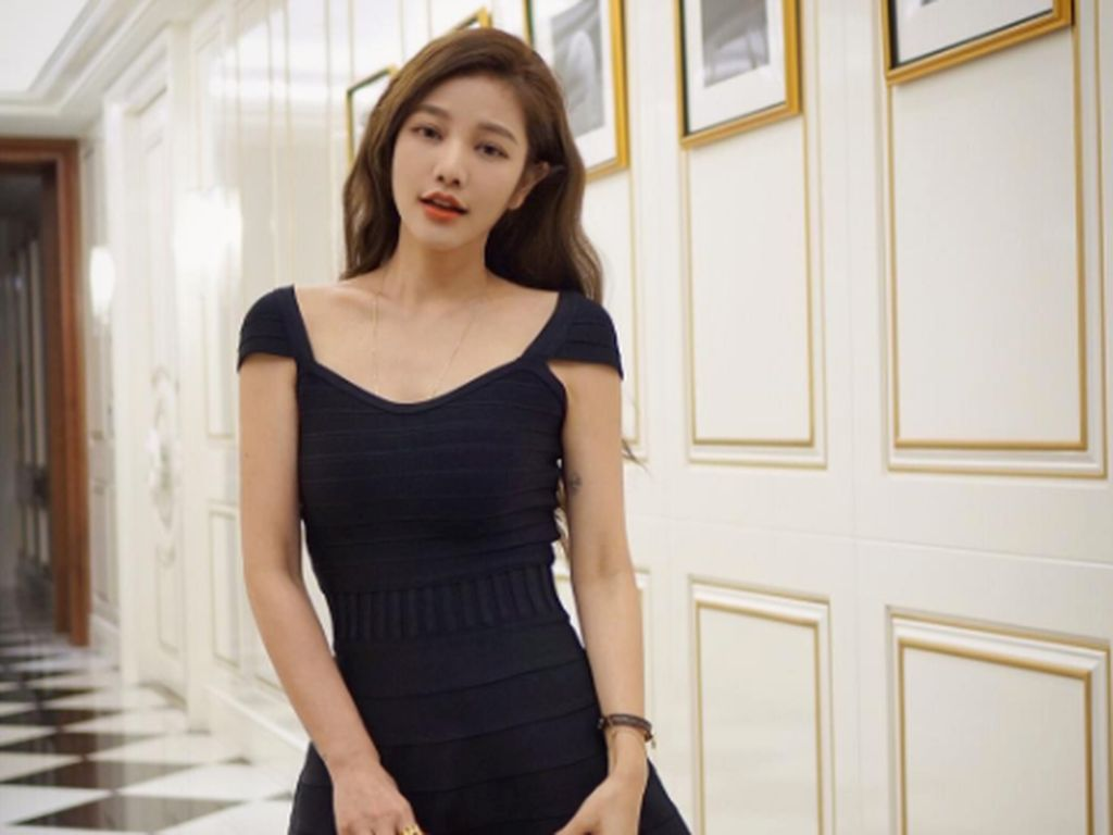 Rahasia Kecantikan Wanita 41 Tahun yang Bikin Netizen Terpana