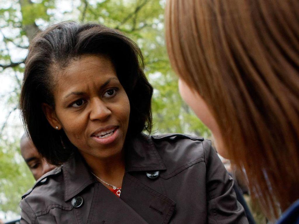 Foto: Bukti Michelle Obama Nyaman Tampil Tanpa Makeup di Depan Publik