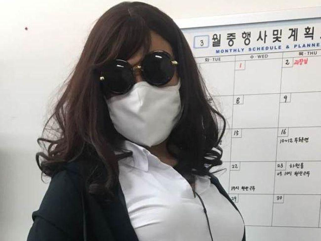 Foto: Gaya Menantang Si Seksi Blac Chyna Saat Bergaun Menerawang