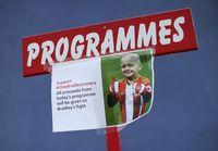 Mantan bintang Sunderland dan Timnas Inggris, Jermain Defoe yang selama ini cukup akrab dengan Bradley, mengungkapkan kesedihan yang mendalam di instagram.