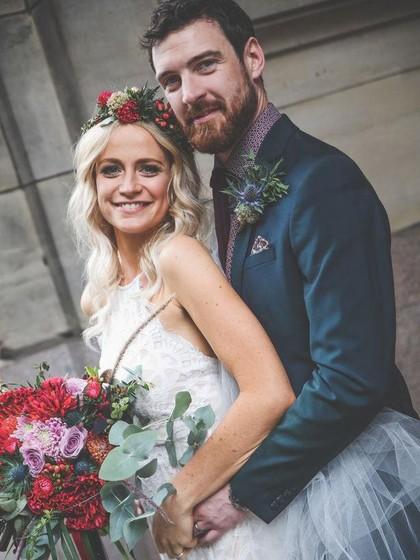 Pasangan Ini Gelar Pesta Pernikahan Meriah Hanya dengan Rp 17 Juta, Kok Bisa?