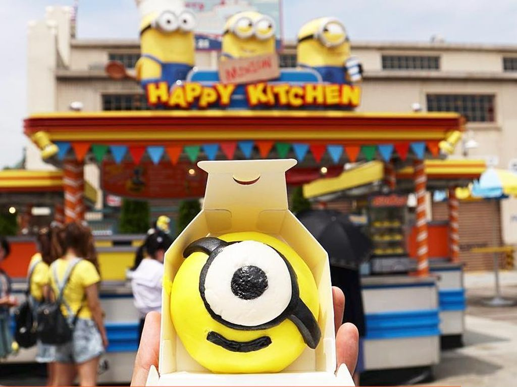 Mampir ke Universal Studio Jepang, jangan lupa membeli Bakpao dengan bentuk Minion ya... (Foto: Istimewa)