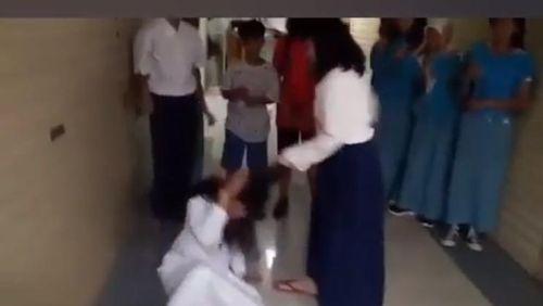 Kecil-kecil Berani Bullying, Ini Pendorongnya Menurut Pakar