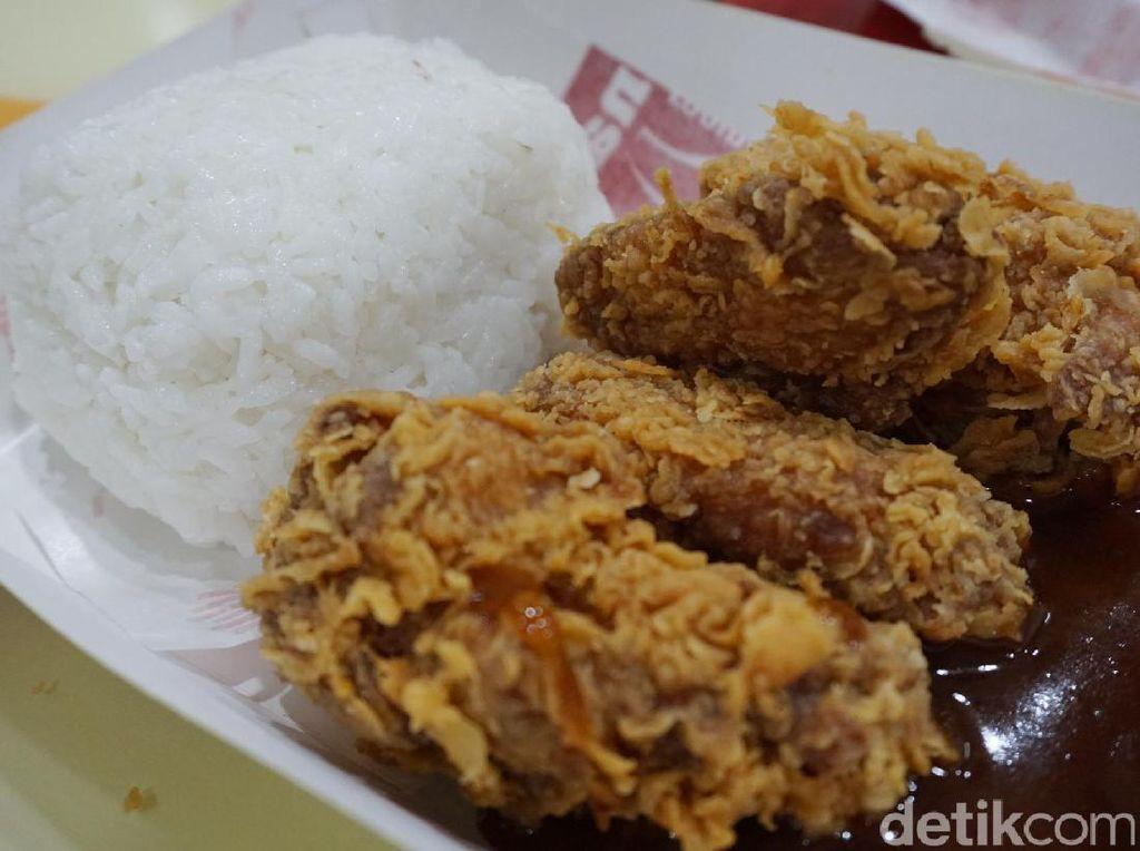 Anda Pilih Mana, Fried Chicken Harga Rp 16 Ribu-an atau Rp 7 Ribu-an?