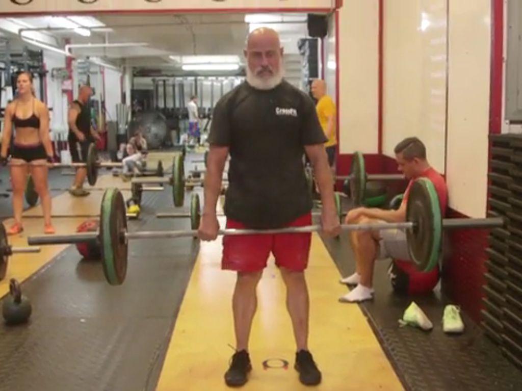 Foto Kakek Jacinto, Pegiat Olahraga Ekstrem yang Rayakan Ultah dengan Cara Unik