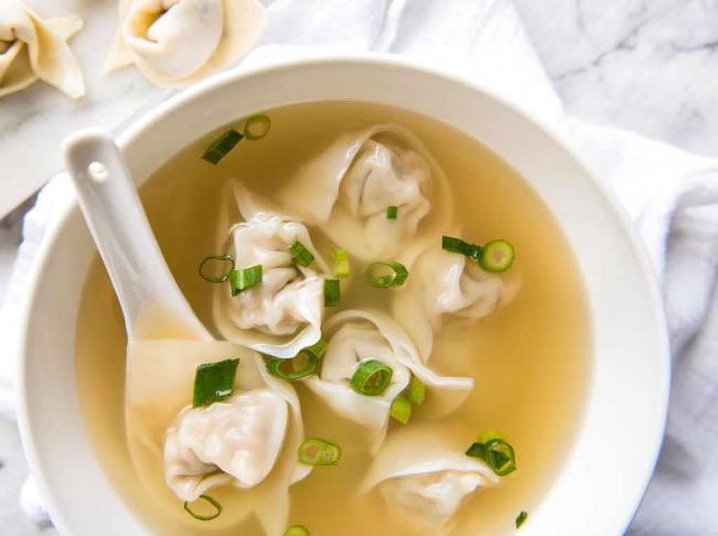China punya pengaruh yang besar dalam dunia kuliner. Hampir di semua negara ada restoran China. Salah satu makanan terfavorit di Cina adalah, dumpling, wonton soup, juga bebek peking. Foto: Istimewa