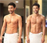 Siwon Super Junior punya hobi yang sama dengan Gong Yoo yaitu berselancar.