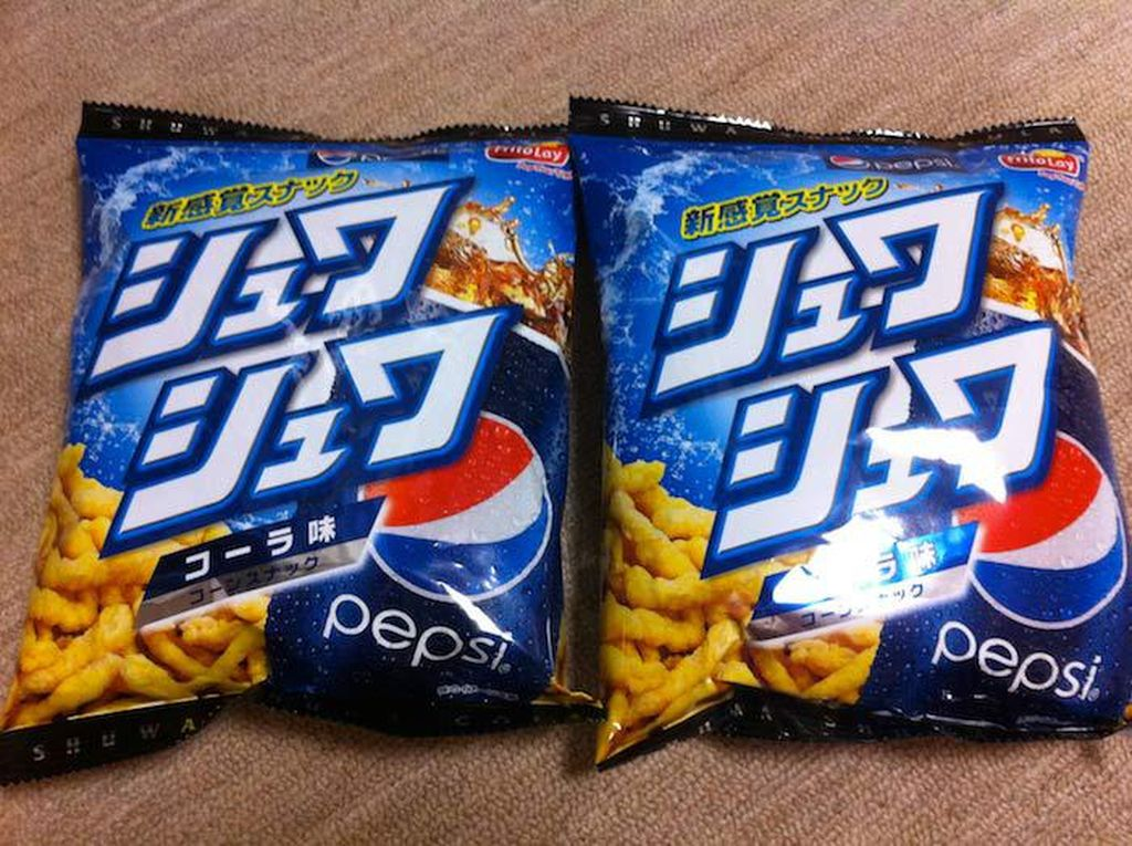 Pepsi bukan sekedar minuman soda yang segar. Cheetos juga pernah mengeluarkan rasa Pepsi! Foto: Istimewa