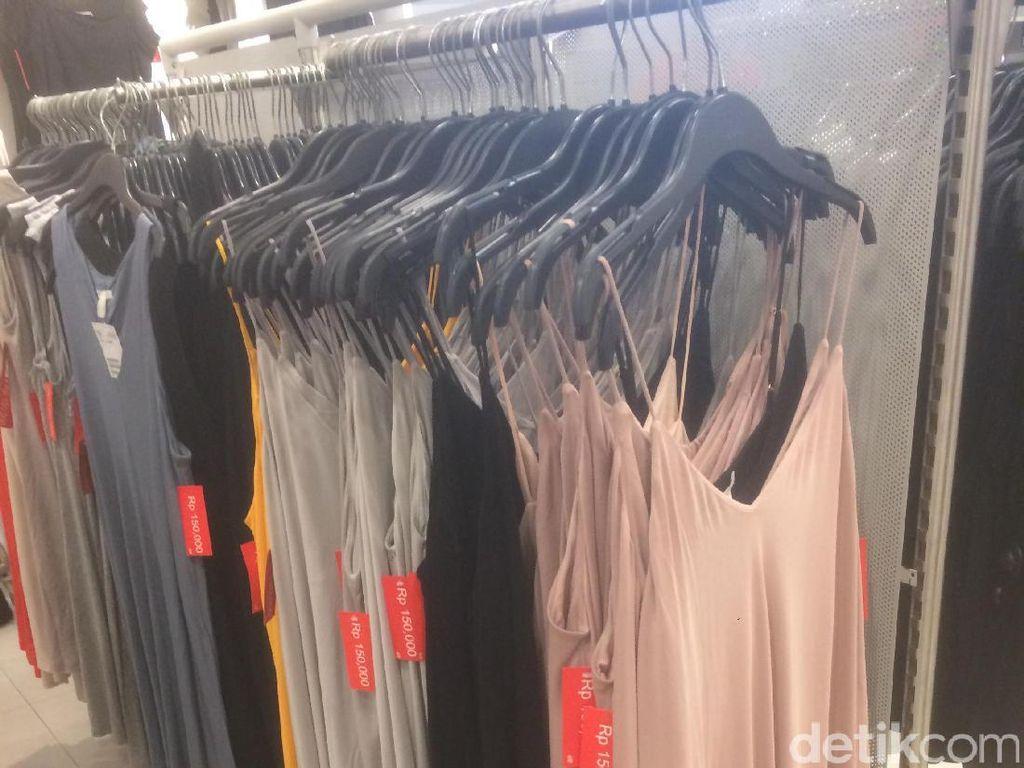 H&M Diskon 50%, Tas Hingga Dress Mulai dari 150 Ribu