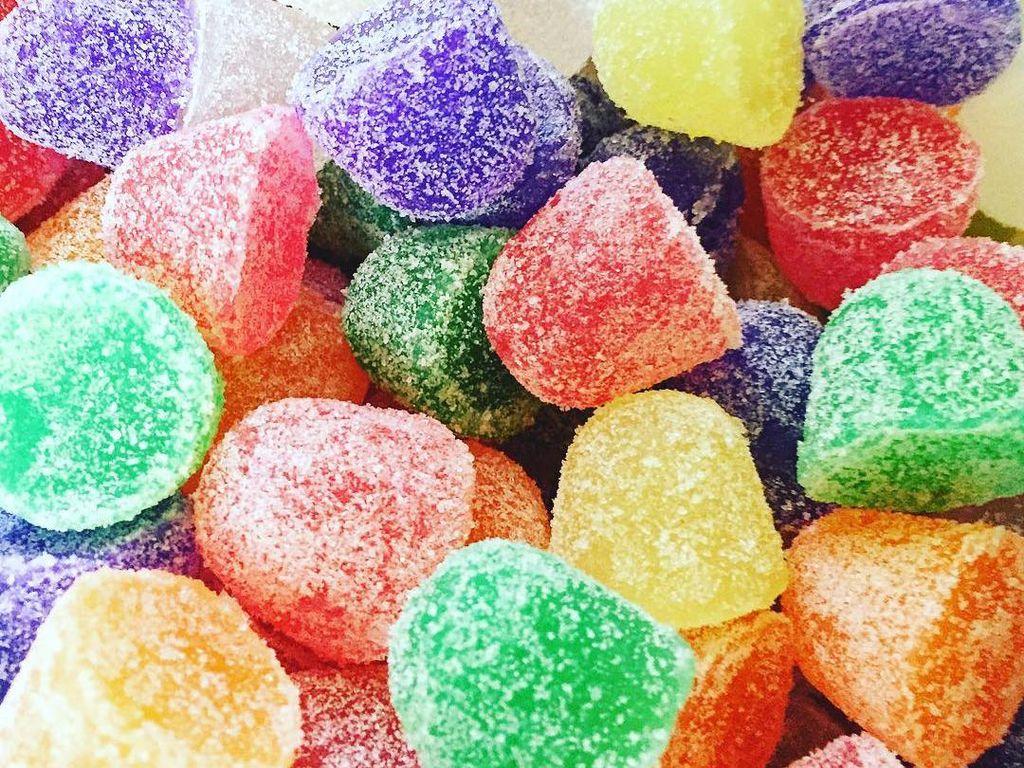 Bentuk sabun ini juga tak kalah menggemaskan. Cantik seperti permen jelly aneka warna yang bertabur gula. Foto: Leeana OCain