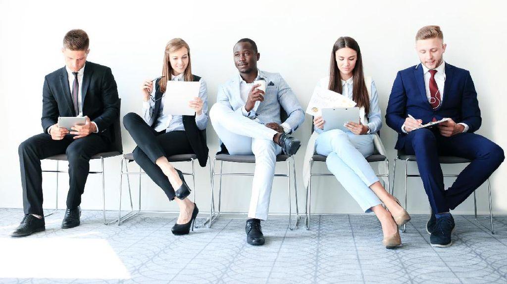 Tips Hindari Masalah Punggung Bagi Karyawan Kantoran