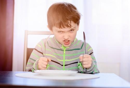 Makin Banyak Restoran di Amerika dan Inggris Menolak Anak Kecil