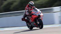 'Lorenzo Takkan Terbiasa dengan Motor Ducati'